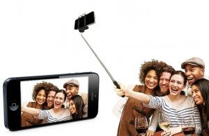 http://oferplan-imagenes.eldiariomontanes.es/sized/images/Selfie_Stick_Main_image_thumb_1424975870-300x196.jpg