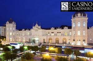 Entrada al Gran Casino Sardinero con copa