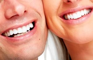 Completa limpieza dental y revisión