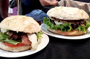 Menú con hamburguesas para 2 personas