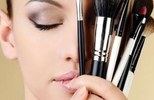 Taller cuidado de la piel y automaquillaje